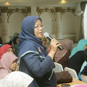 Para peserta antusias mengutarakan pertanyaan seputar pembelajaran bahasa Inggris